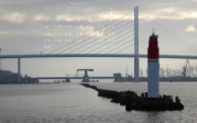 wallpaper April 2018 - pier light Middle Pier Stralsund (D)